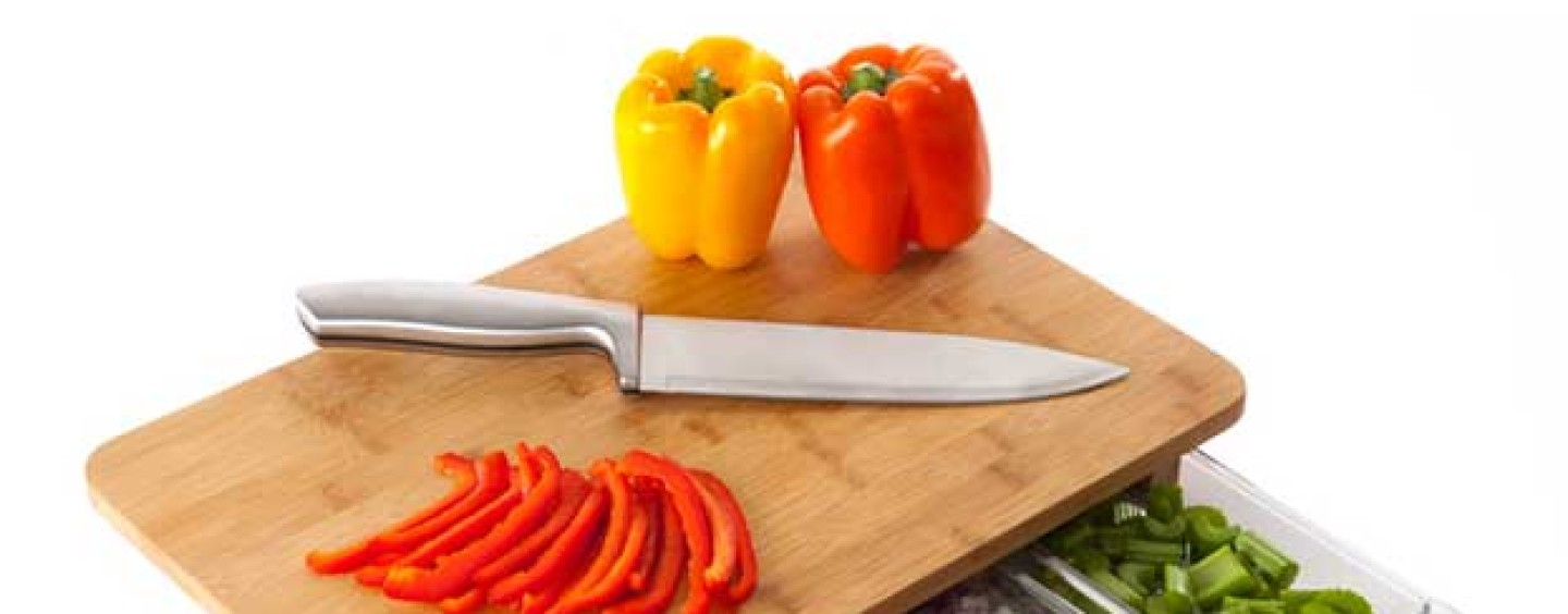 #KitchenTricks: How To Prevent Your Cutting Board from Sliding