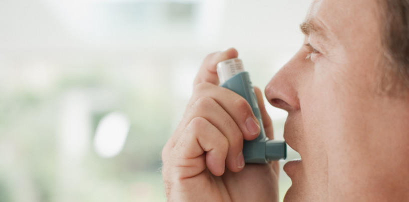 10 amazing foods that can help battle asthma.